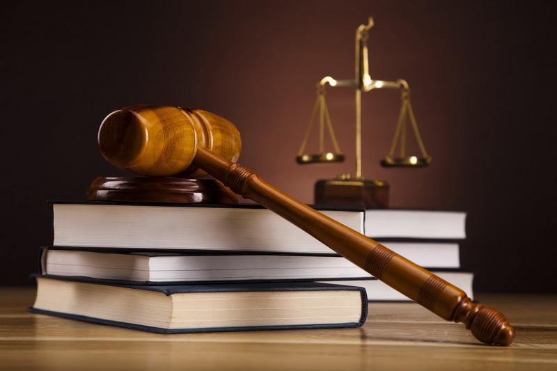ngành luật kinh tế lấy bao nhiêu điểm