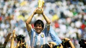 Tiền vệ Diego Maradona